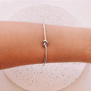 Bracelete Nó Banhado em Ródio Branco