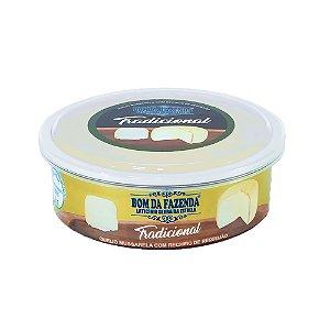 Queijo Trufado com Requeijão - Bom da Fazenda (Peso médio 370 Gr)