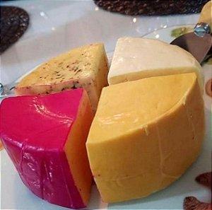 Queijo Napolitano 4 queijos (Peso Médio 0,600 Gr)