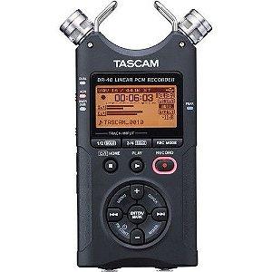 Tascam Gravador de Áudio Digital de Mão de 4 Trilhas DR-40