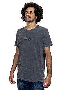 Camiseta Outstanding Estonada Cinza Chumbo