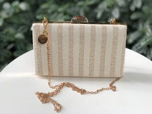 Bolsa Clutch Textura Off White