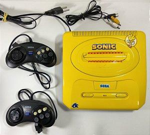 Mega Drive 3 com 43 jogos na memória 2 controles