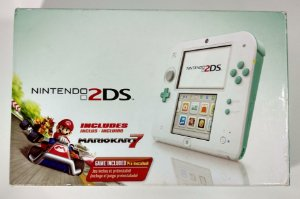 Nintendo 2DS Sea Green na Caixa