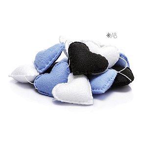 Guirlanda de Corações de Feltro Azul, Preto e Branco para decoração de quartos e festas infantis