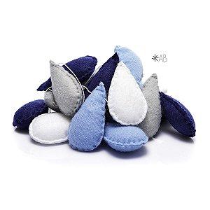 Guirlanda de Gotinhas de Feltro Azul, Cinza e Branco para decoração de quartos e festas infantis