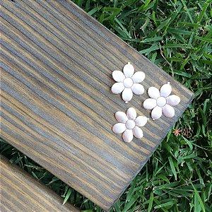 Flores de cetim para decoração de placas para casamentos e festas