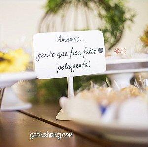 Placa branca de mesa com pezinho para casamentos e festas  (15cm alt.)