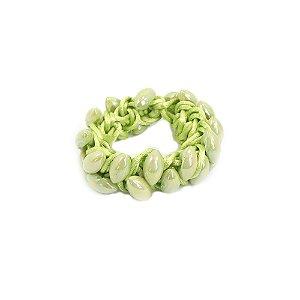 Scrunchie Verde Entrelaçado com Navetes