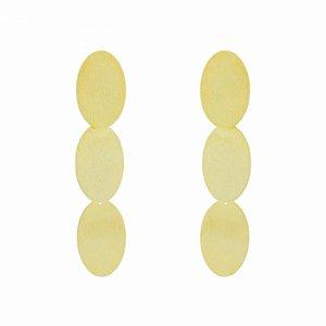 Brinco Dourado de Pastilhas Escovadas
