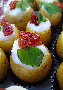 Batatinha de tomate seco e rúcula