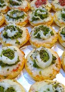 Mini Pizza de Brócolis com Catupiry