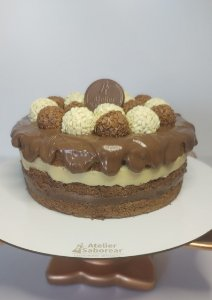Naked Cake - Brigadeiro e Branquinho