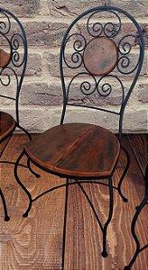 Cadeira em ferro madeira bola