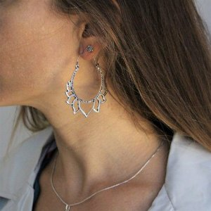 Brinco Maxi Mandala Flor de Lótus banhado a prata com pino em aço antialérgico
