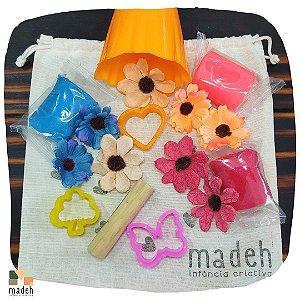 Busy Bag Massinha e Flores