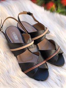 Sandália Preta com Detalhes Linhaça e Tan