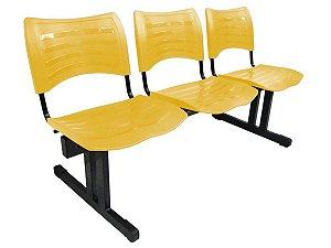 Cadeira Iso em longarina 3 lugares Linha Polipropileno Iso Amarelo