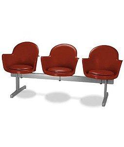 Cadeira em longarina 3 lugares Linha Polipropileno Moon Vermelho