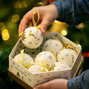 Bola de Natal Ouro Acrílico