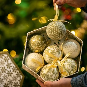 Bola de Natal Clássica Gold Acrílico
