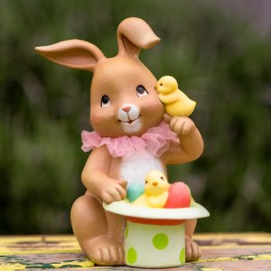 Coelha Lilibeth com Pintinhos Resina Candy&Funny