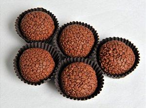 Brigadeiro Gourmet ao Leite Com 6 Unidades