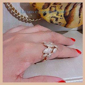 Anel Ramo de Folhas Cravejadas com Zircônia Cristal - Banho Ouro 18k - Semijoia de Luxo
