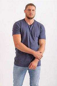 Camiseta básica gola V azul marinho