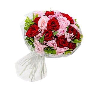Delicado Buquê Misto de Rosas