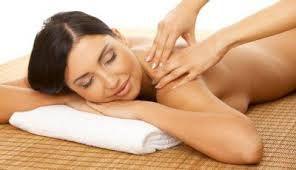 Pacote com 4 sessões de Massagem Feminina - Drenagem