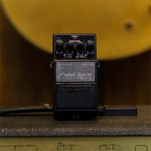 Pedal Boss Metal Zone MT-2 (Usado)