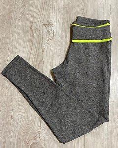 Legging Cinza Detalhes Neon