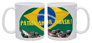 Caneca Pátria Amada Brasil