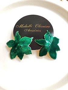 Brinco flor esmaltado verde