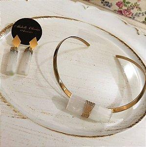 Conjunto Selenita - chocker e brinco pedra selenita banho dourado