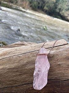 Colar Quartzo Rosa Bruto