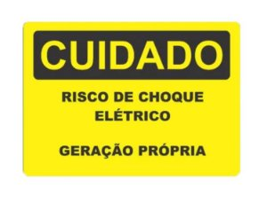 Placa - Cuidado - Risco de choque eletrico - Geração propria 25x18cm