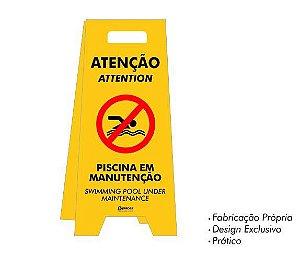 Placa tipo Cavalete em PS - Piscina em Manutenção