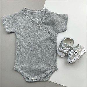 Kit Body Kimono Bebê Cinza Mescla com Tênis Cinza