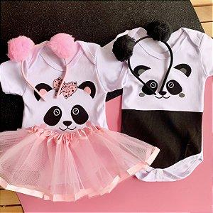 Kit Body Bebê Gêmeos Bichinhos Panda com Tiara Pompom