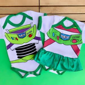 Kit Body Bebê Gêmeos Toy Story Buzz Lightyear