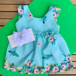 Vestido Floral Verde Claro com Faixa de Cabelo