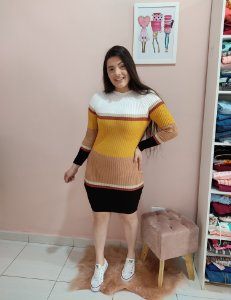 Vestido em Tricot Listrado
