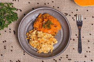 Frango cremoso com cenoura e purê de abóbora (low carb/ glúten free) - 400g