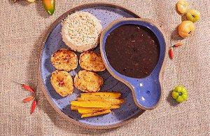 Nugget caseiro de frango com baroa assada, arroz integral e feijão (lac free) - 400g