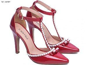 Sapato Scarpin Verniz Vermelho e Perolas