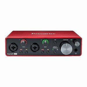 Interface De Áudio Focusrite Scarlett 2i2 3ª Geração