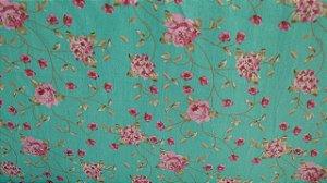 Tecido 100% algodão - Estampa Flores Pequenas  Com Fundo Verde - 0,50 metro