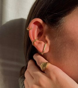 Ear Hook Ouro